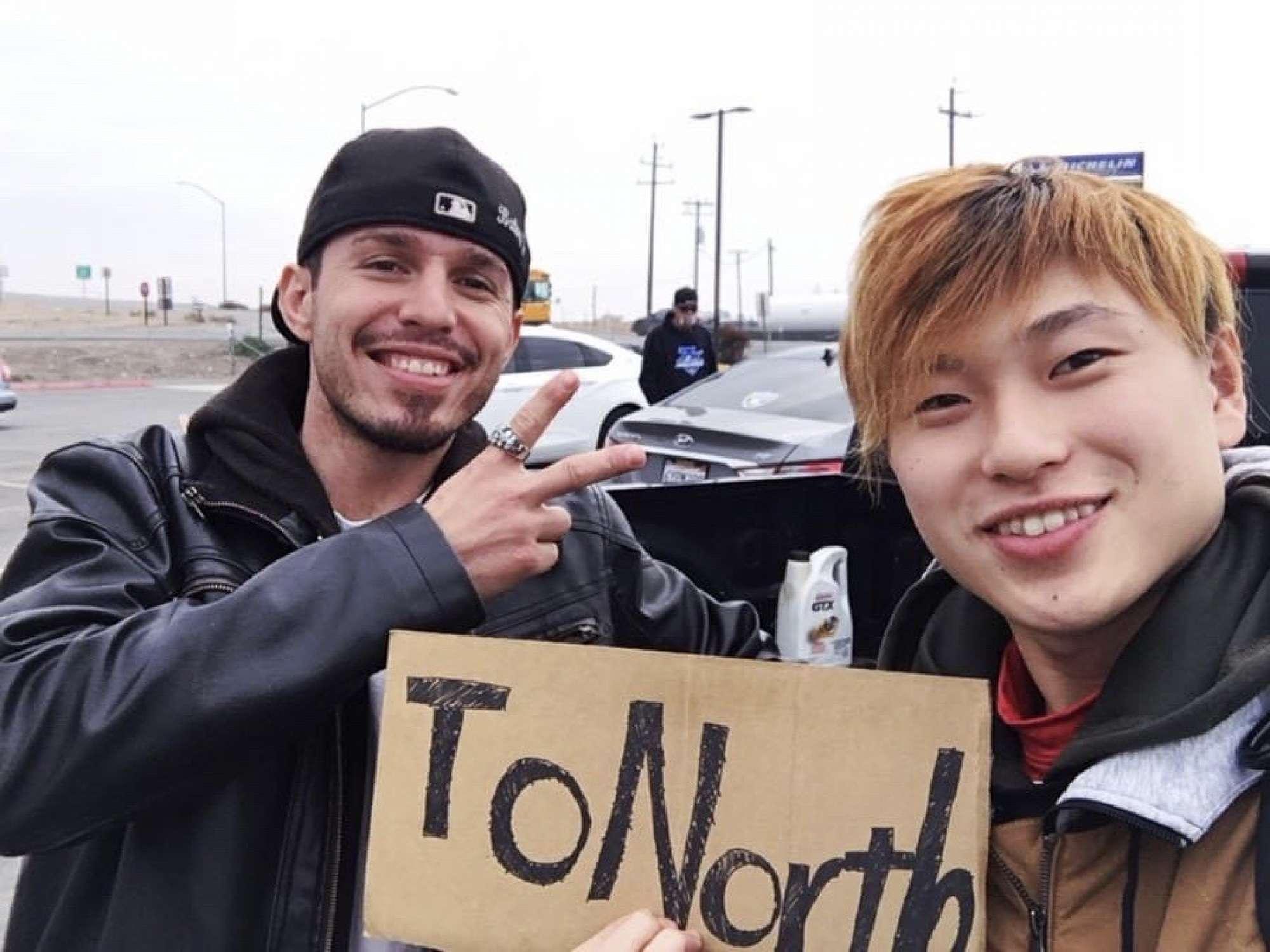 - 息子はアメリカ留学中の休みを利用してシアトルからロサンゼルスの往復をヒッチハイクでしていることを、旅の途中に息子のYoutube配信で知りびっくり!一人旅、とても心配でした。 -